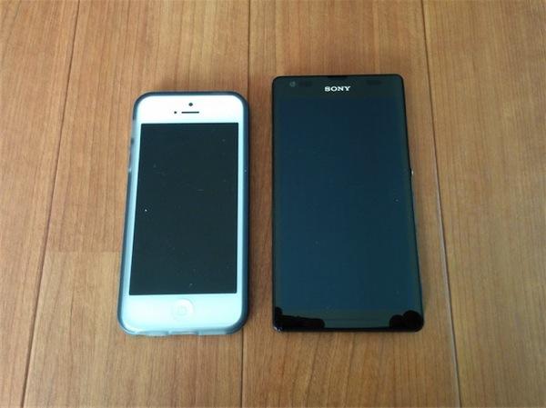 SOL22とiPhone5