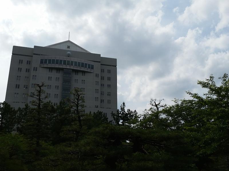 HDR未使用で建物を撮影