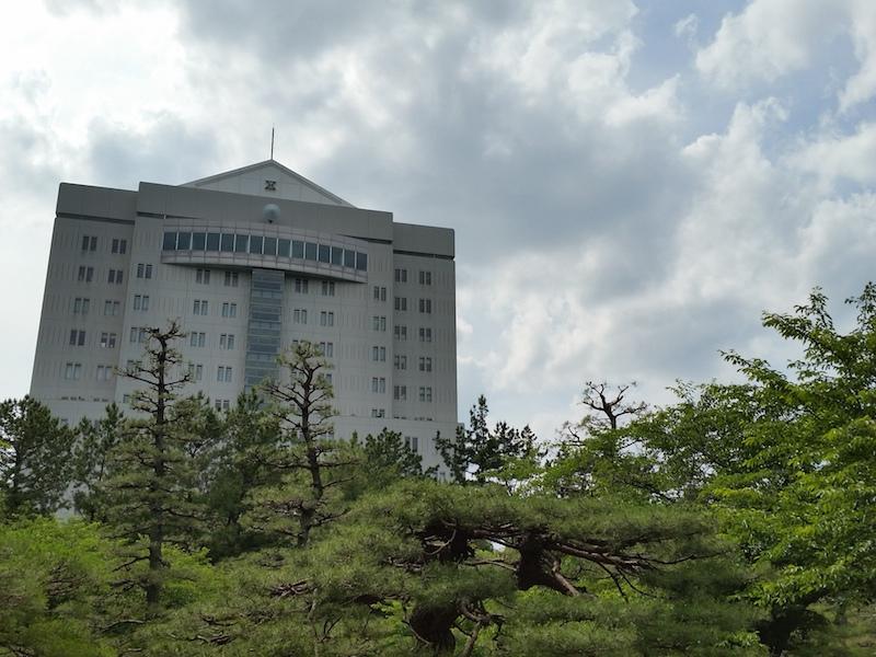 HDR使用で建物を撮影