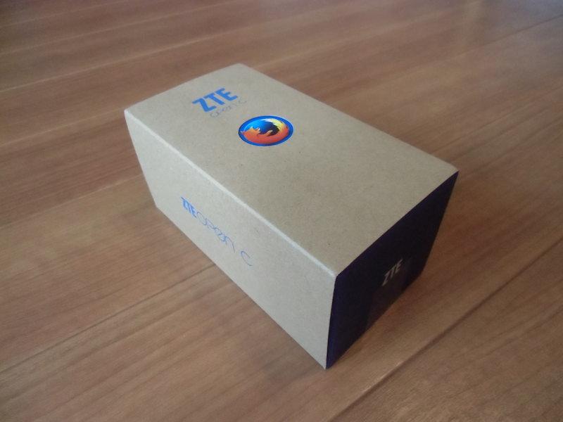 ZTE Open Cの外箱