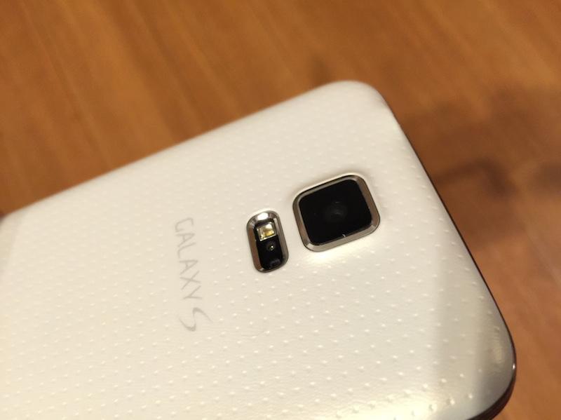 Galaxy S5 のカメラ部分