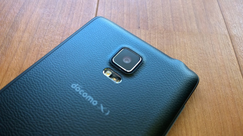 Galaxy Note Edge のアウトカメラ
