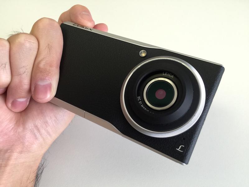 CM1にHAKUBAのカメラグリップFBG4を装着してみた