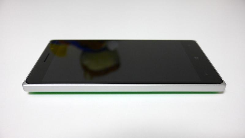 Lumia 830 開封の儀&外観レビュー