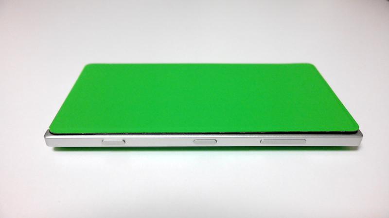 Lumia 830専用Qi対応フリップカバー