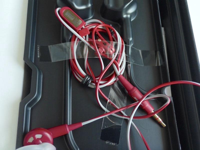 BOSE SoundTrue in-ear headphones B00N2OJLFG