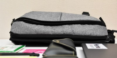 Incase Sling Pack 持ち歩き アイテム