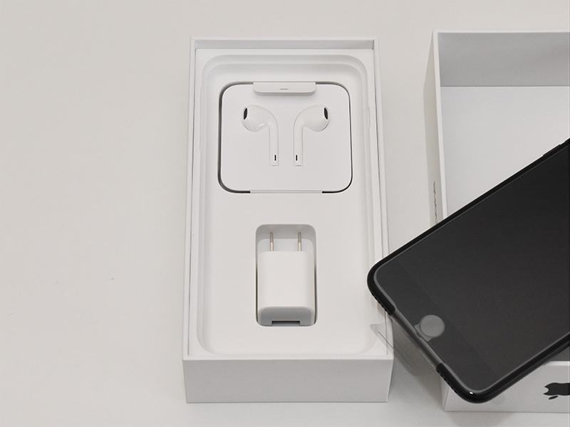 Apple iPhone 7 Plus ブラック