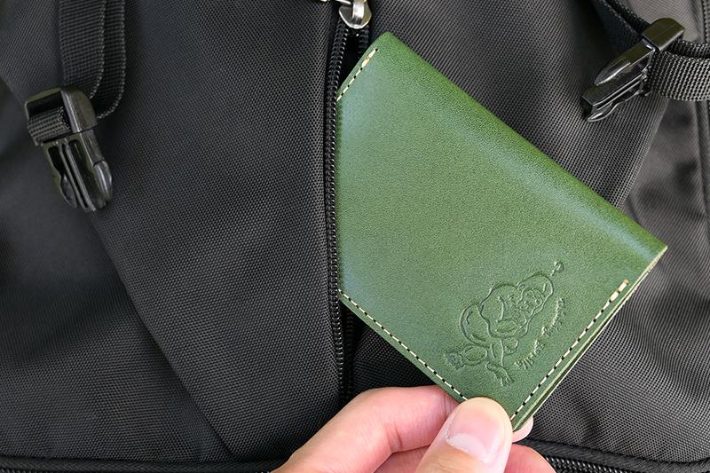 クアトロガッツ 名刺入れ(カードケース)