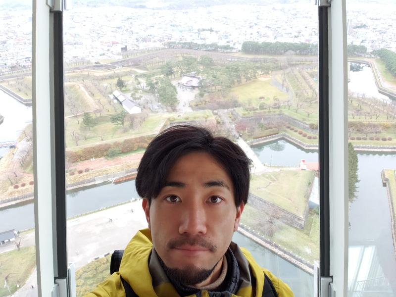 五稜郭タワーで自撮り