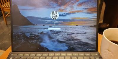 Surface Pro Xのログイン画面