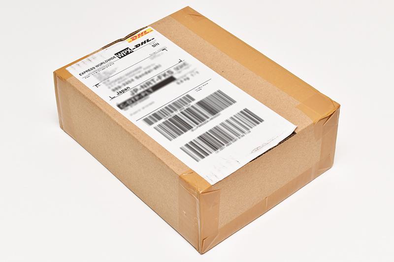 DHLで配達された荷物