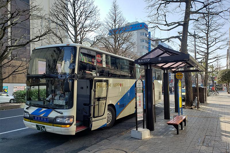 広瀬通り一番町のバスおりば